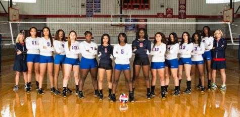 VARSITY VOLLEYBALL REMAINS STRONG THROUGHOUT SEASON