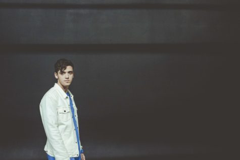 REVIEW: LAUV IS A RISING STAR