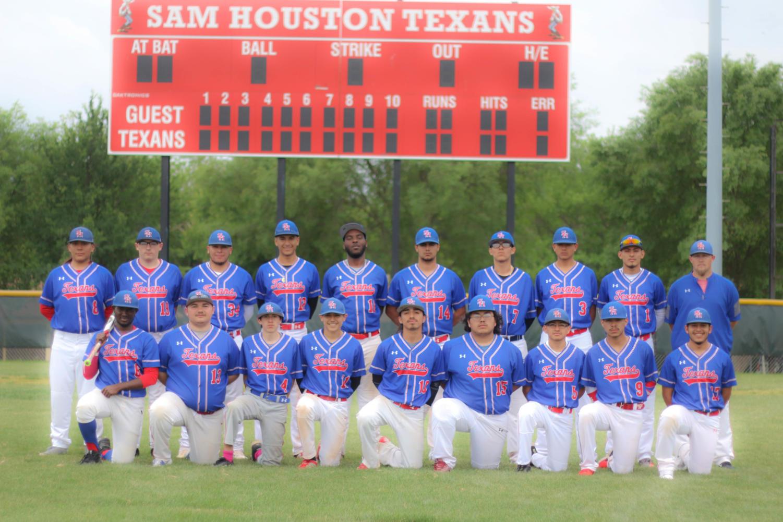 Varsity baseball 2018 team.